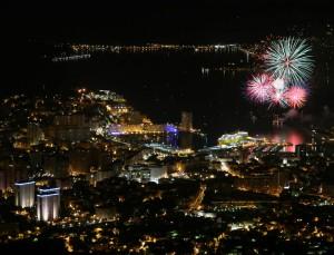 feu d'artifice depuis le mont Faron à Toulon