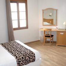 grand hotel gare chambre blanche