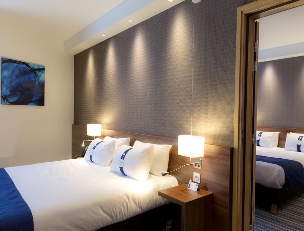 h tel holiday inn express toulon ste musse toulon tourisme. Black Bedroom Furniture Sets. Home Design Ideas