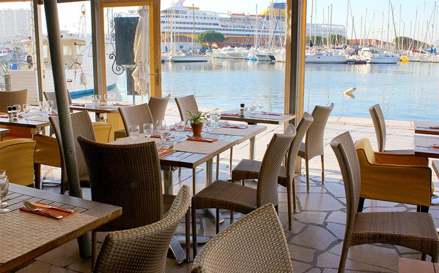 Restaurant le mayol toulon tourisme for Restaurant le pointu toulon