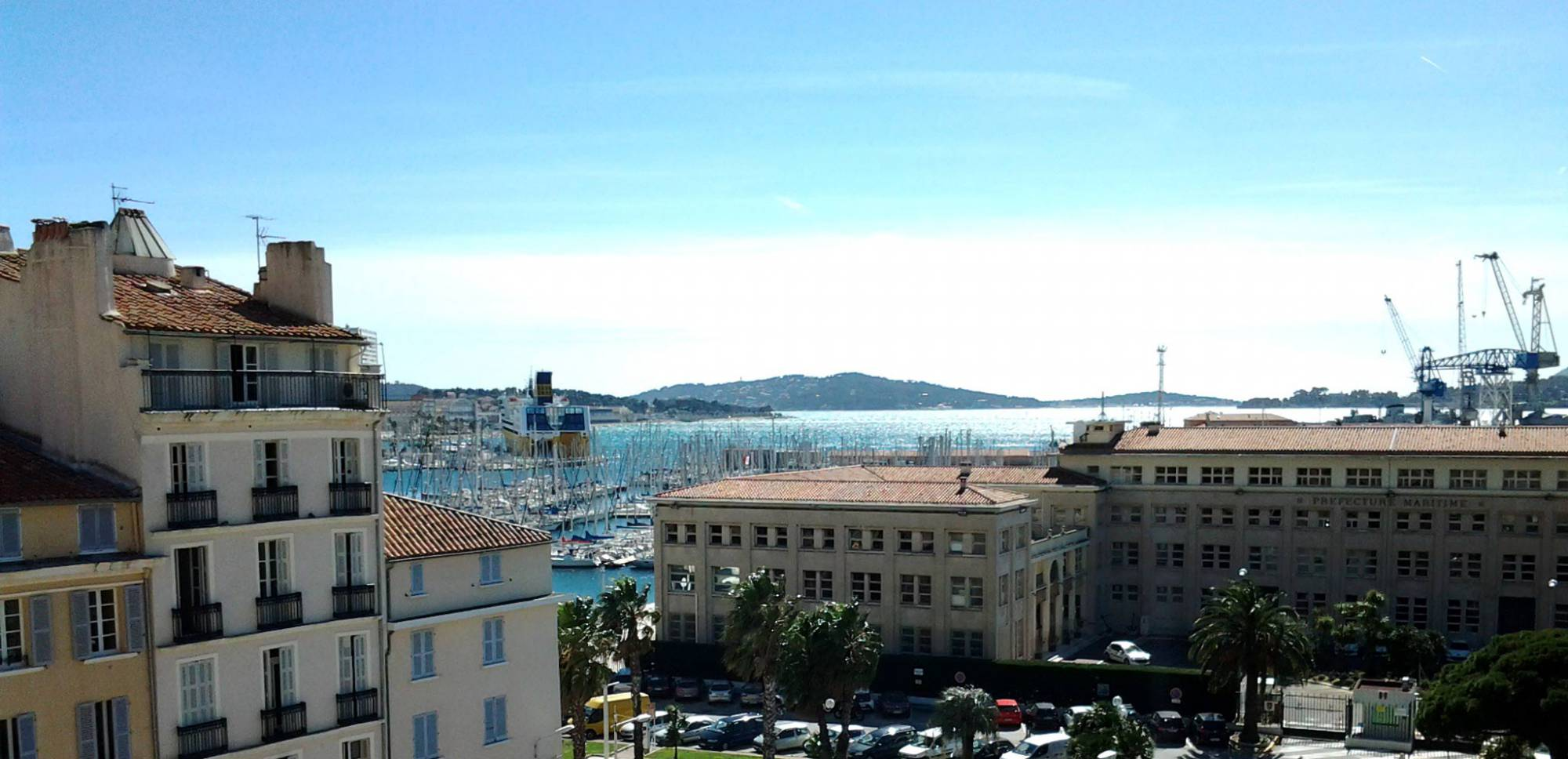 Hotel Proche Du Port De Toulon