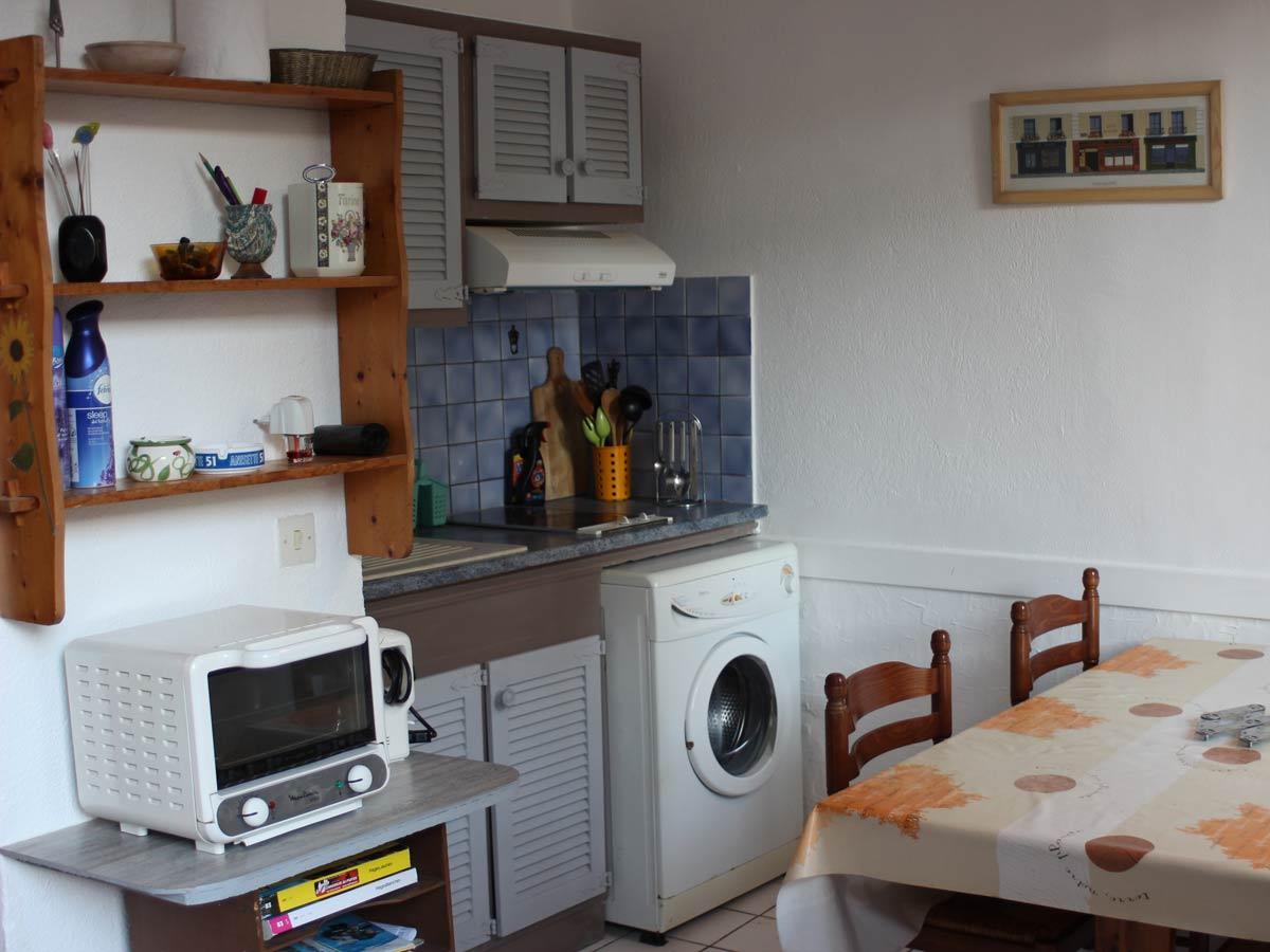 appartement t2 35 m centre ville tourism office of toulon. Black Bedroom Furniture Sets. Home Design Ideas