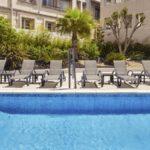 holiday-inn-centre-piscine
