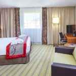 holiday-inn-executive-room