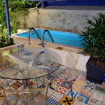 jardin-tesse-table-piscine